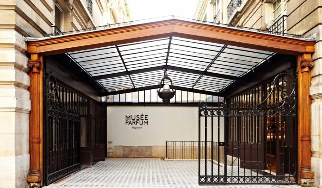 Fragonard Lvmh Pinault Chanel