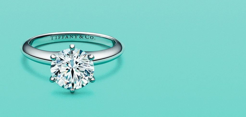b91322a71f283 Tiffany & Co. enters the Indian market and launches men's jewelry ...