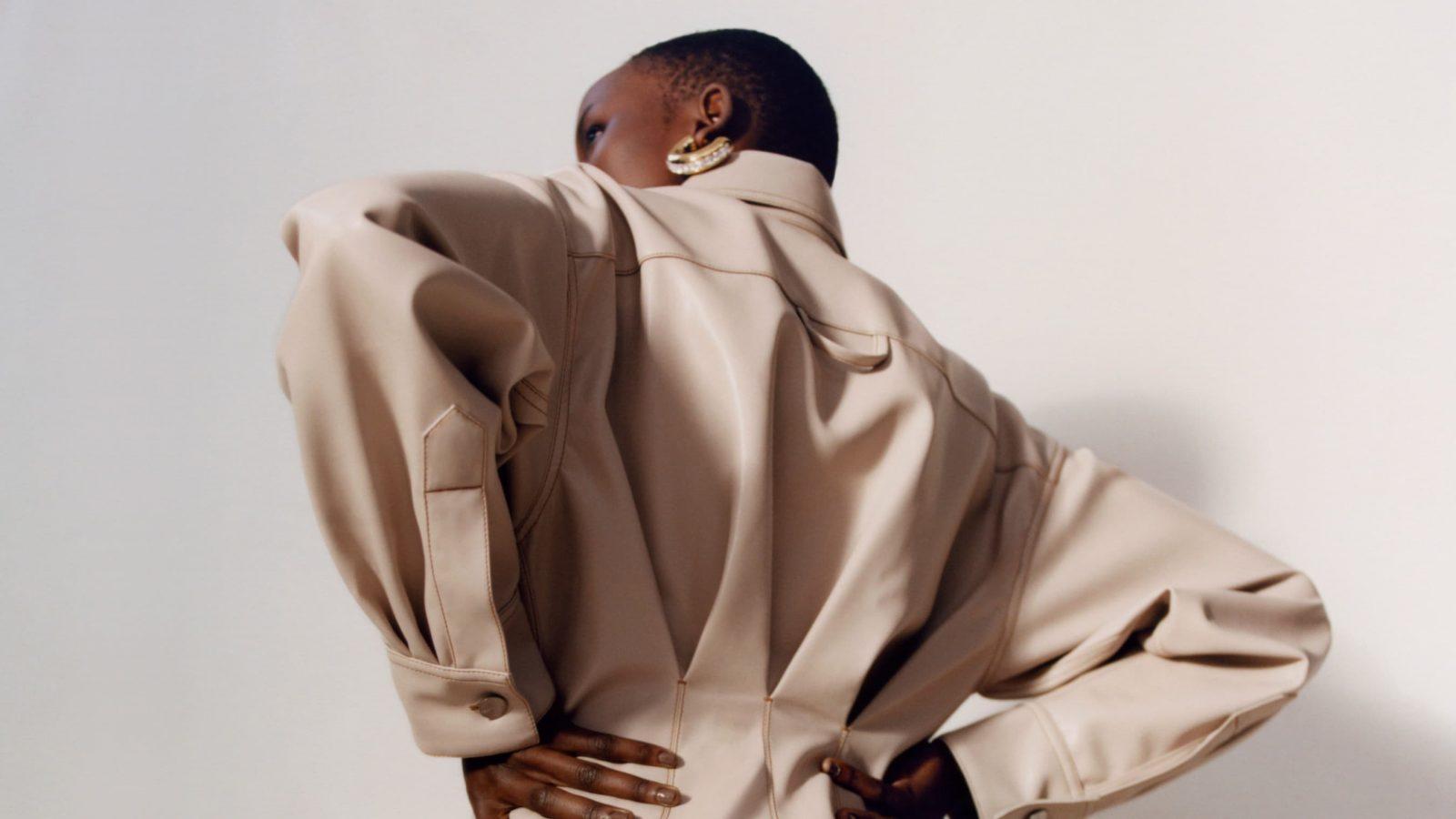Rihanna dévoile une collection capsule Fenty et lance sa nouvelle marque de skincare