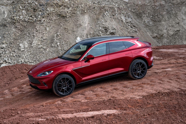 Automobile de luxe : Le premier SUV d'Aston Martin a déjà commencé à quitter la chaîne de montage